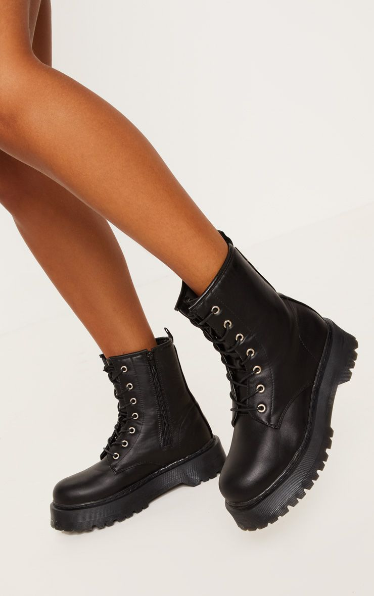 womens boots black